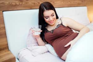 agua alcalina en el embarazo